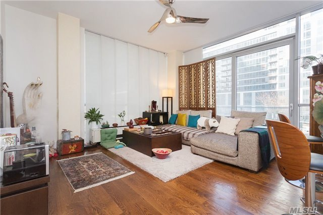26-26 Jackson Ave #502, Long Island City, NY 11101