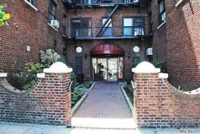 72-34 Austin St #F2, Forest Hills, NY 11375