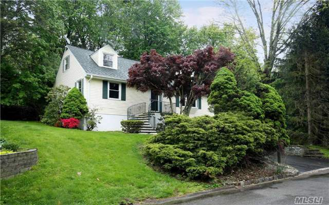 10 Durham Rd, Out Of Area Town, NY 10607