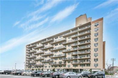 25 Neptune Blvd #4 M, Long Beach, NY 11561