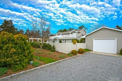 26 Off Meadow Ln, Westhampton Bch, NY 11978
