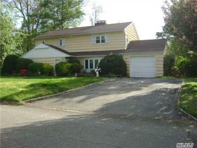 Photo of 10 Rivers Dr, Great Neck, NY 11020