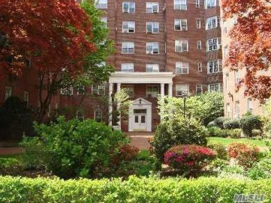76-36 113th St #4g, Forest Hills, NY 11375