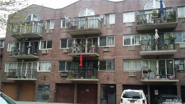 35-55 86th St, Jackson Heights, NY 11372