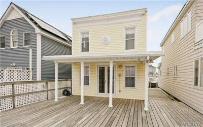 Photo of 16 W 5th Rd, Broad Channel, NY 11693