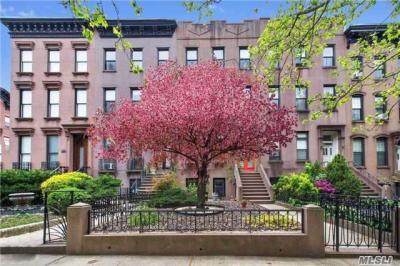 Photo of 44 1st Pl, Brooklyn, NY 11231