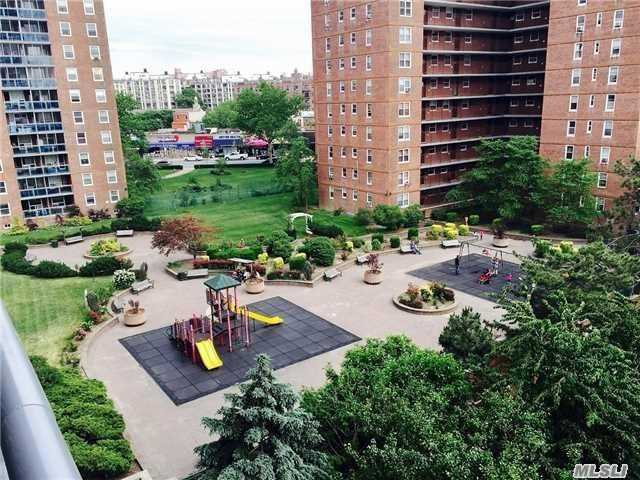 97-40 62nd Dr #15a, Rego Park, NY 11374