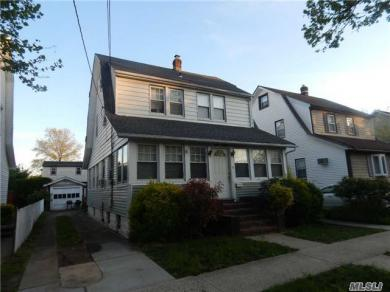 650 Westminster Rd, Baldwin, NY 11510