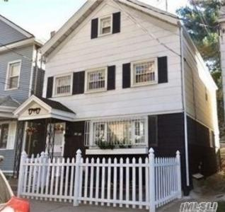 22-37 120th St, College Point, NY 11356