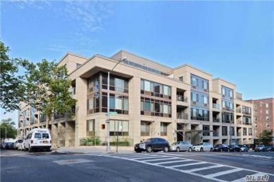 Photo of 64-05 Yellowstone Blvd #Ph 509, Forest Hills, NY 11375
