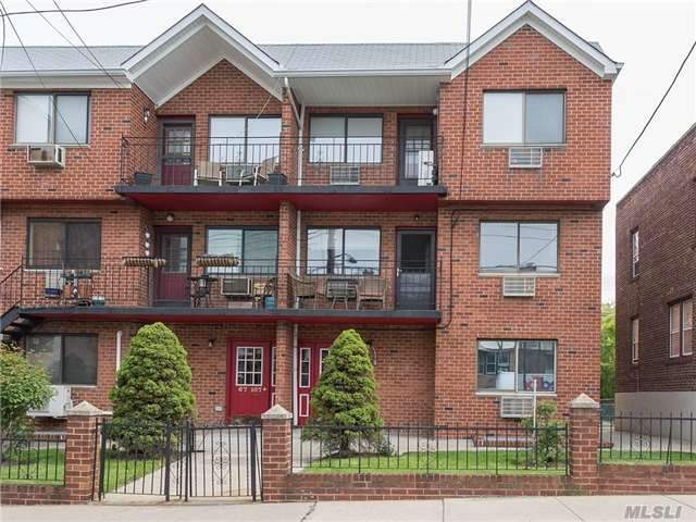 67-109 Burns St #2, Forest Hills, NY 11375