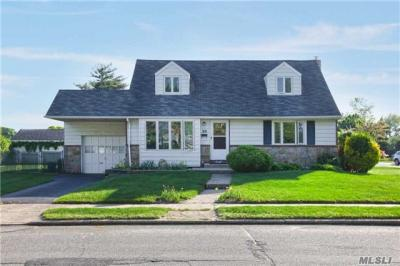 Photo of 188 Norman Dr, East Meadow, NY 11554