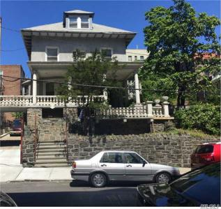 2967 Perry Ave, Out Of Area Town, NY 10458
