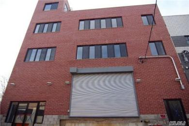 28-24 119th St, College Point, NY 11356