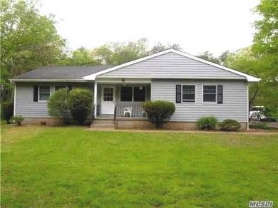 324 Radio Ave, Miller Place, NY 11764