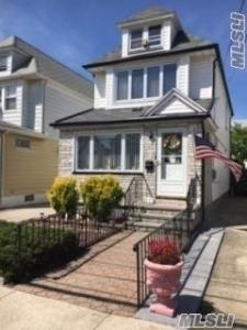 92-08 224th St, Queens Village, NY 11428