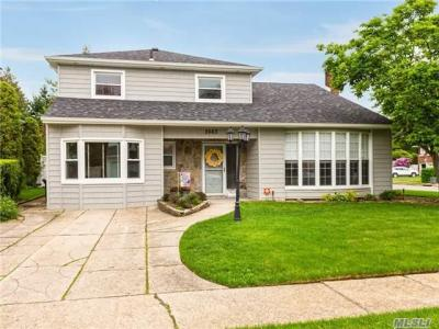 Photo of 2663 Pine Ct, N Bellmore, NY 11710