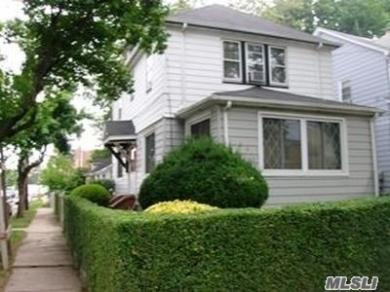 111-46 207th St, Queens Village, NY 11429