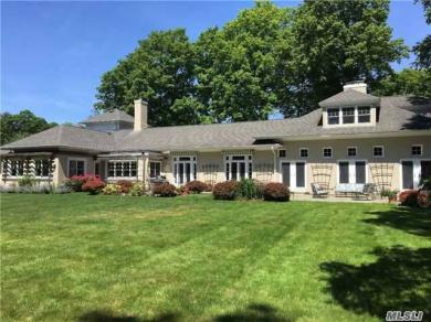 71 White Hill Rd, Cold Spring Hrbr, NY 11724