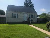 157 Oriole Rd, Levittown, NY 11756