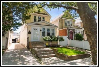 88-28 69 Ave, Forest Hills, NY 11375