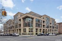 64-05 Yellowstone Blvd #205, Forest Hills, NY 11375
