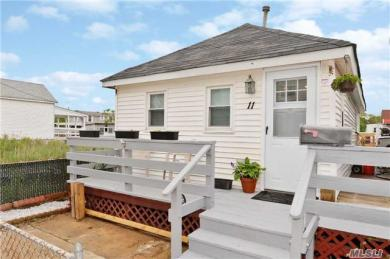 11 Bayview Ave, Howard Beach, NY 11414