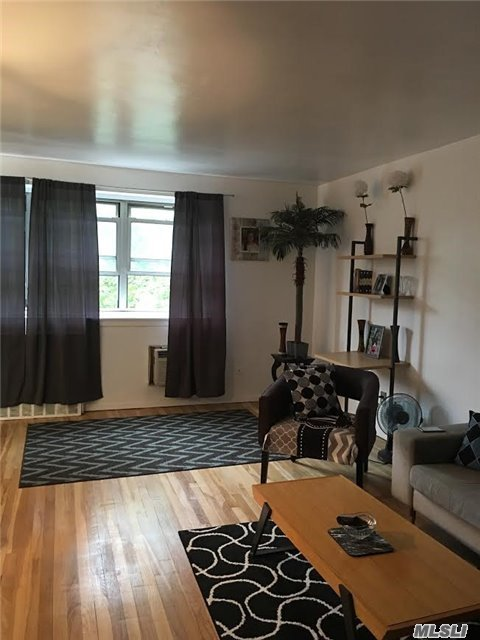 88-08 151 Ave #3j, Howard Beach, NY 11414