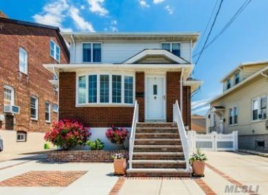 158-23 101 St, Howard Beach, NY 11414