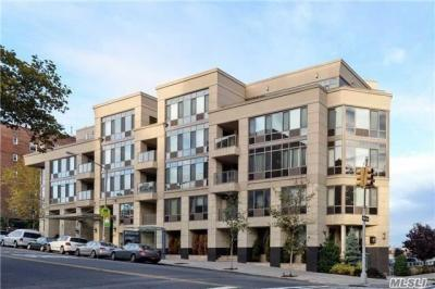 Photo of 64-05 Yellowstone Blvd #514ph, Forest Hills, NY 11375