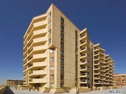 360 Shore Rd #2c, Long Beach, NY 11561