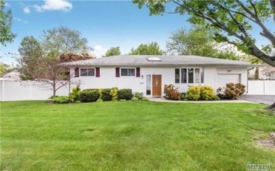 Photo of 57 Western Ave, Deer Park, NY 11729
