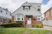 80-24 257th St, Floral Park, NY 11004