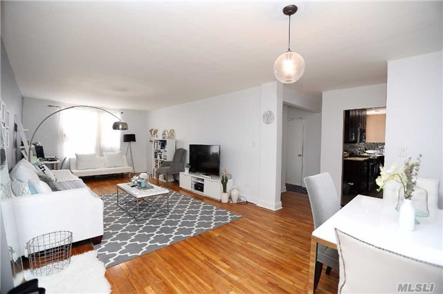 67-30 Dartmouth St #6h, Forest Hills, NY 11375