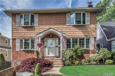 Photo of 24 Webster St, Valley Stream, NY 11580