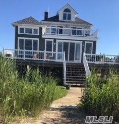 Photo of 40 Maiden Ln, Patchogue, NY 11772