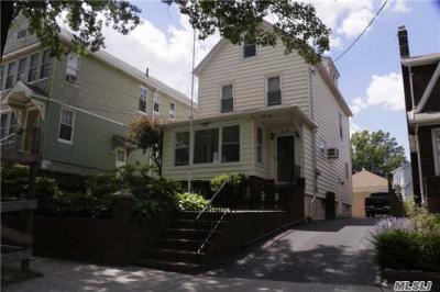 Photo of 6-10 College Pl, College Point, NY 11356