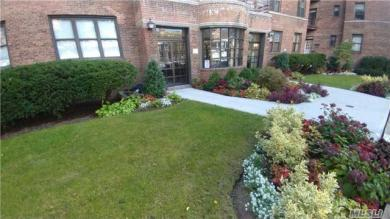 98-120 Queens Blvd #5a, Forest Hills, NY 11375