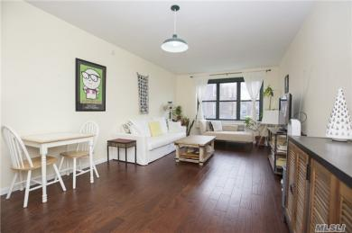 34-20 79th St #5d, Jackson Heights, NY 11372