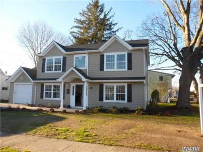 Photo of 2356 Madison Dr, East Meadow, NY 11554