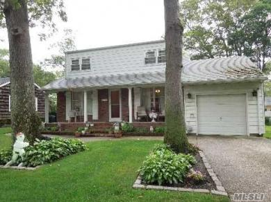 193 Central Ave, Patchogue, NY 11772