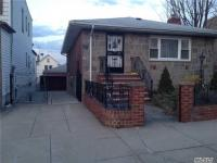58-27 84th St, Middle Village, NY 11379