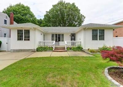 Photo of 2759 Birch Ave, East Meadow, NY 11554