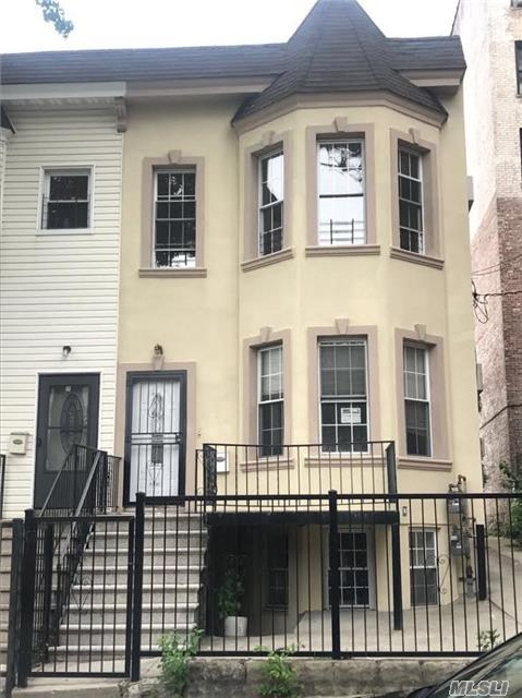 649 East 230 St, Out Of Area Town, NY 10466