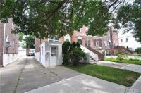 68-65 Selfridge St, Forest Hills, NY 11375