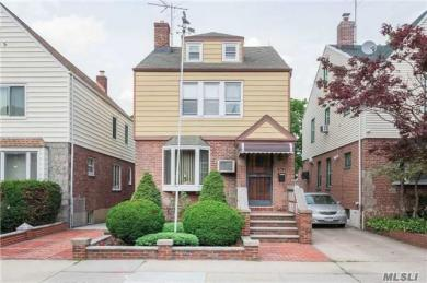 67-51 Loubet St, Forest Hills, NY 11375