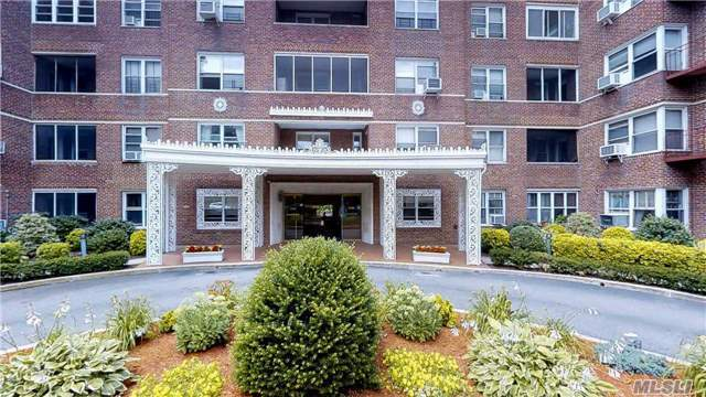 67-66 108 St #A56, Forest Hills, NY 11375