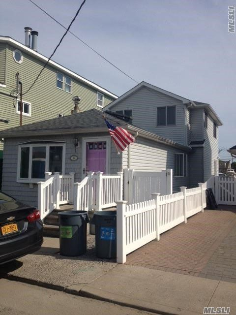 34 W 15th Rd, Broad Channel, NY 11693
