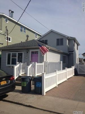 Photo of 34 W 15th Rd, Broad Channel, NY 11693
