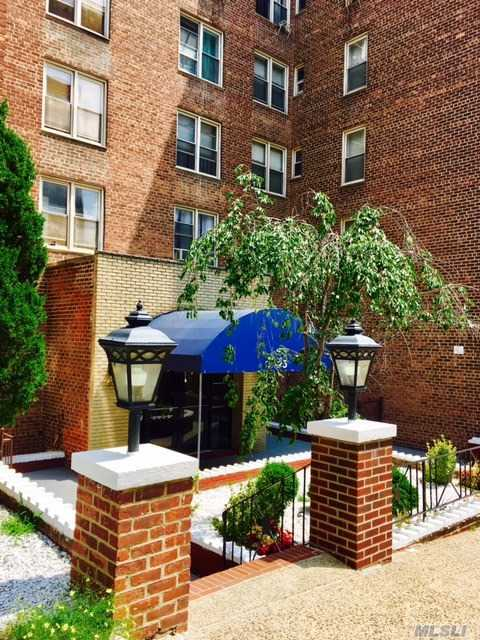 67-25 Dartmouth St #7e, Forest Hills, NY 11375